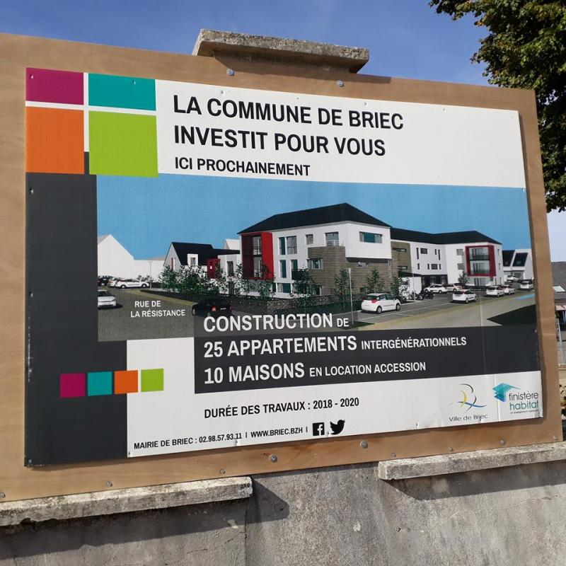 Panneau de chantier pour la mairie de Briec